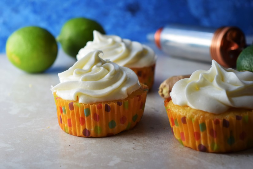 Moscow Mule Cupcakes have everything you want in a Moscow Mule - Sharp ginger and tangy lime, but made into a cupcake!